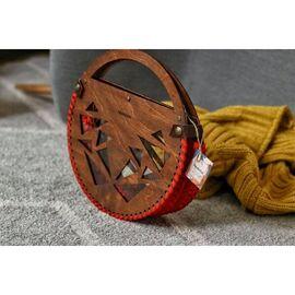 дървена чанта